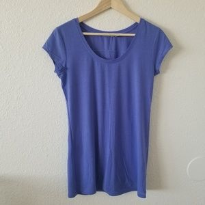 Athleta Short Sleeve Tee Purple Size M
